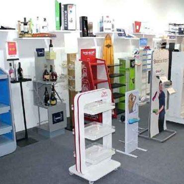 Ürün tanıtım standları, ahşap standlar, akrilik stand modelleri